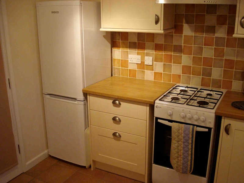 Spacious, very well equipped and practical kitchen with large fridge/freezer, ample cupboard space