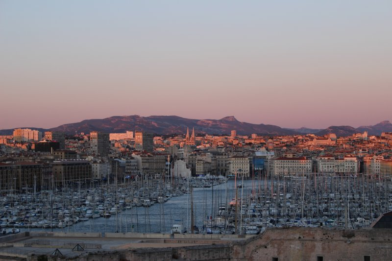 Marseille Vieux Port - great restaurants!