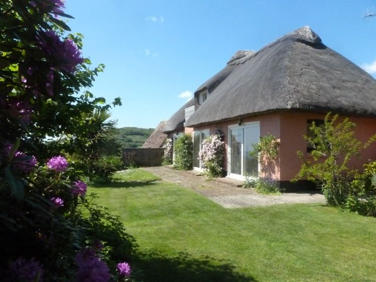 Mole Cottage, holiday rental in Bonchurch
