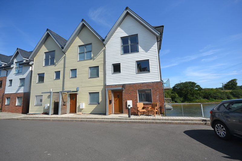 Yachtsman's Tower, holiday rental in Whippingham