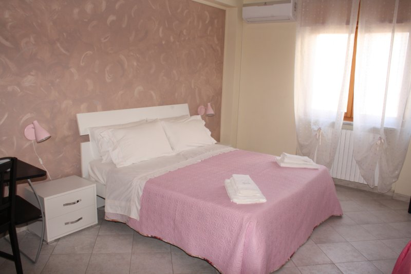 Bed and Breakfast  La Maison de Gina - Salerno _ Amalfi Coast _ Cilento, holiday rental in Mercato San Severino