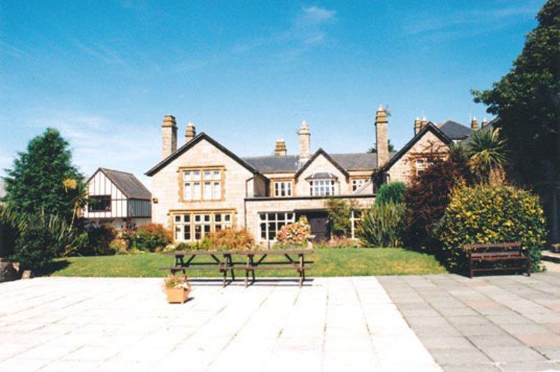 Kenegie Manor