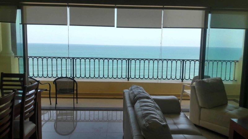 LUXURY Mazatlan Condo Right on Beach!!, vacation rental in Mazatlan
