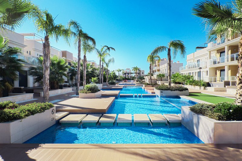 Urb. Zenia Beach - Modern luxurious town house., vacation rental in La Zenia