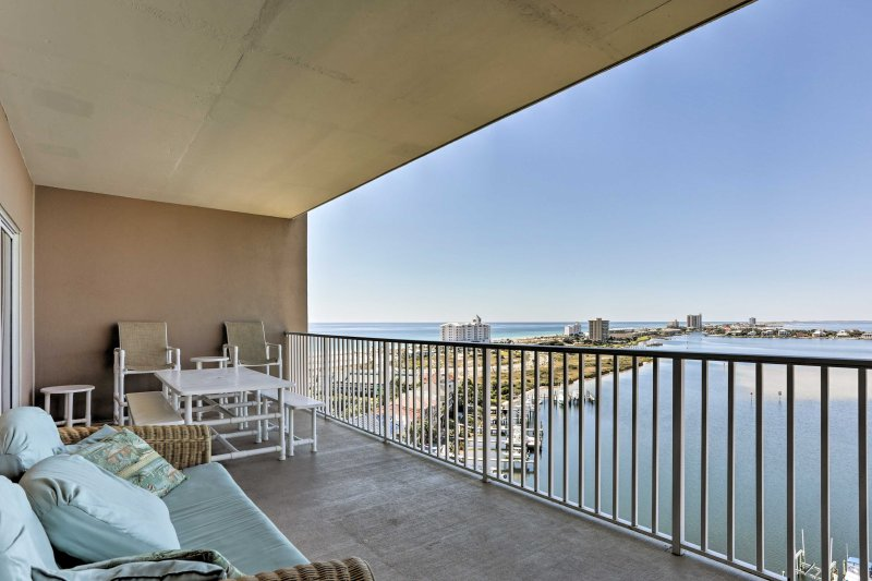 Take in the Gulf Coast views from this vacation rental condo in Pensacola Beach!