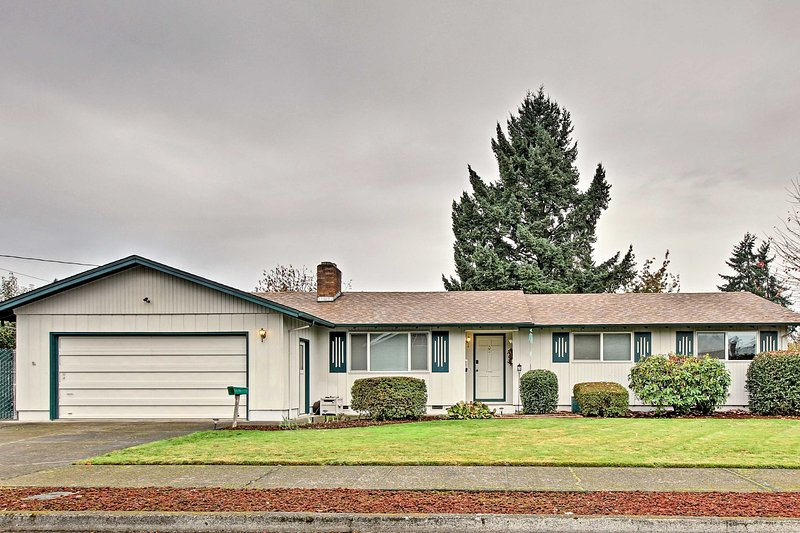 Dieses Ferienhaus mit 3 Schlafzimmern und 1,5 Bädern ist perfekt für einen Urlaub in Eugene.