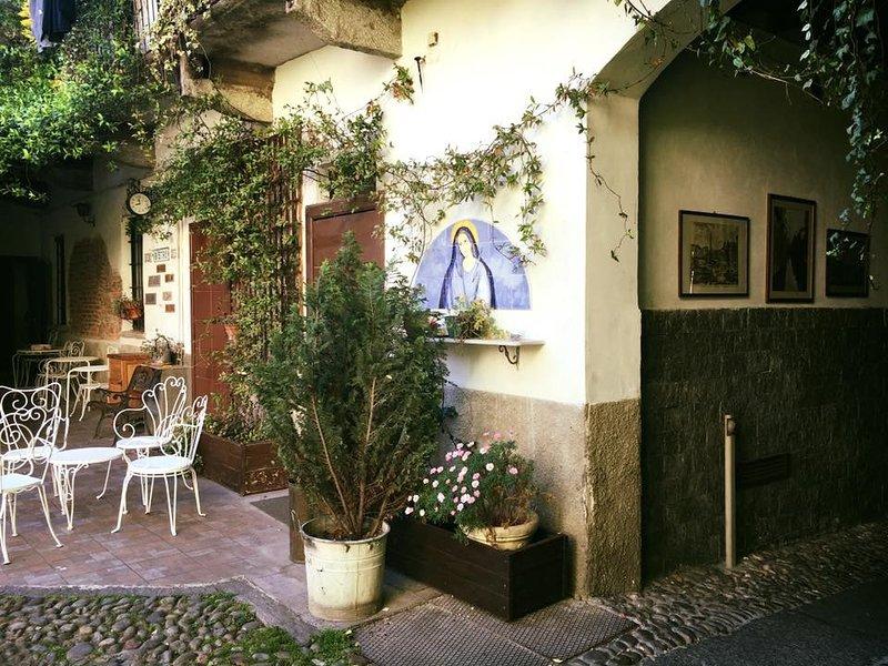 Grande appartamento con Ac da 1011 a pochi minuti dal centro di Milano, vakantiewoning in Paderno Dugnano