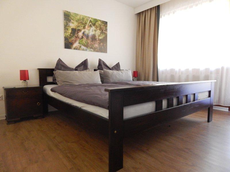 FREE-Apartment Ferienwohnung mit Balkon, casa vacanza a Bad Urach