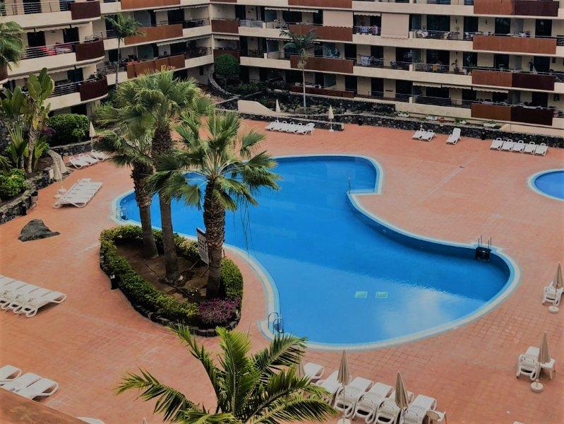 Beautiful apartment with beautiful views, aluguéis de temporada em Los Gigantes