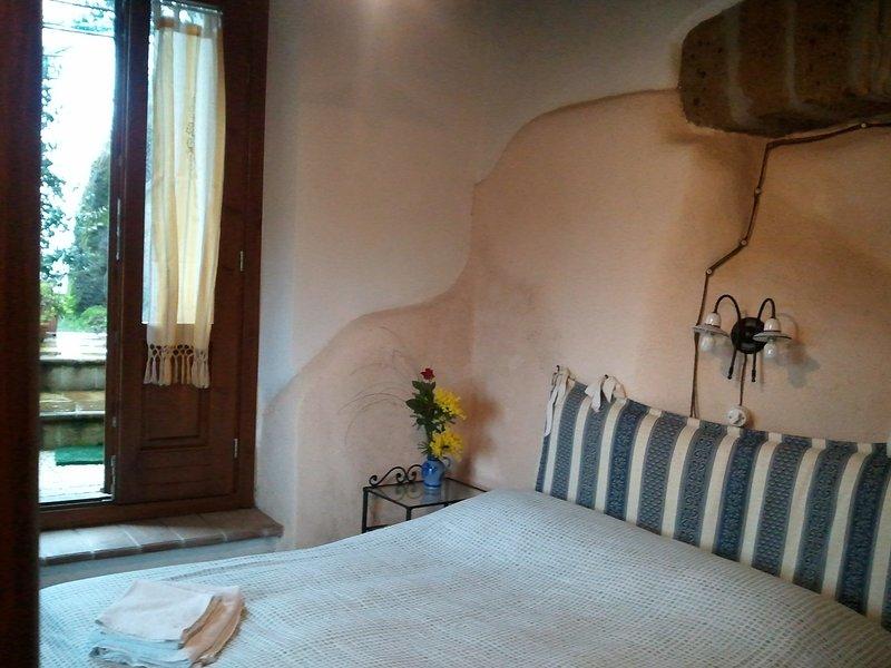 Antica torre rurale nella Tuscia viterbese, holiday rental in Carbognano