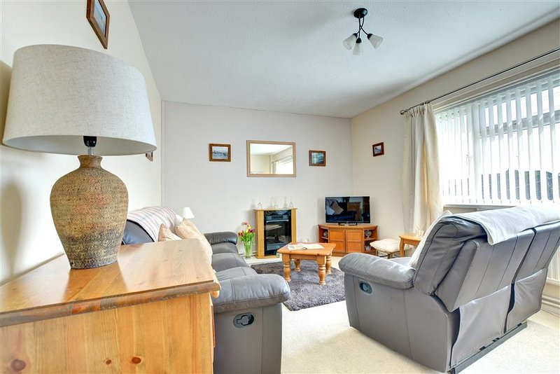 Garden Cottage Apartment, holiday rental in Saundersfoot