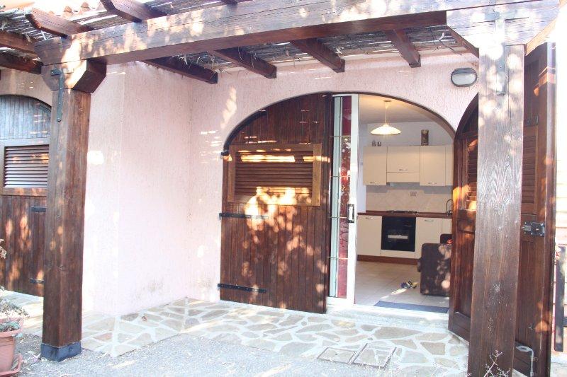 ST2 - La Canna Birdwatching - La cinta beach ald shops walking distance, vacation rental in Suaredda-Traversa