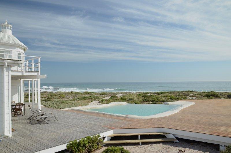 The Lighthouse Yzerfontein, vacation rental in Yzerfontein
