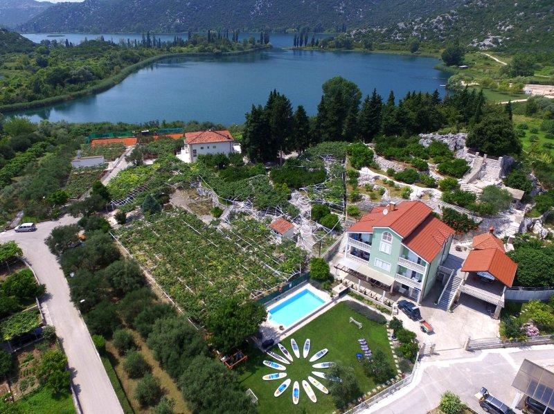 Villa Solo and Bacina lakes behind
