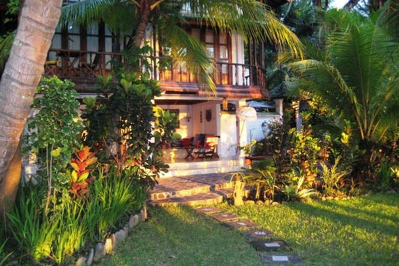 Villa Sunrise on the Bali North Shorebreakfast Included, vacation rental in Toya Bungkah