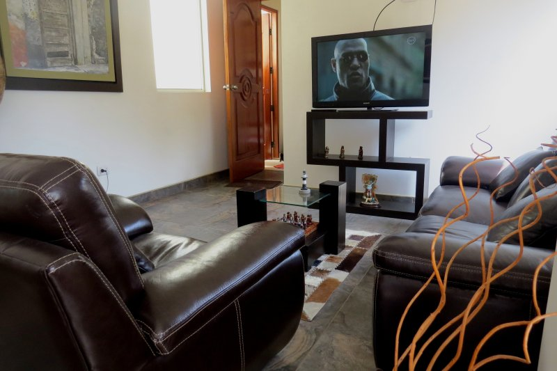 Aparts 4 Days 2, holiday rental in Lince