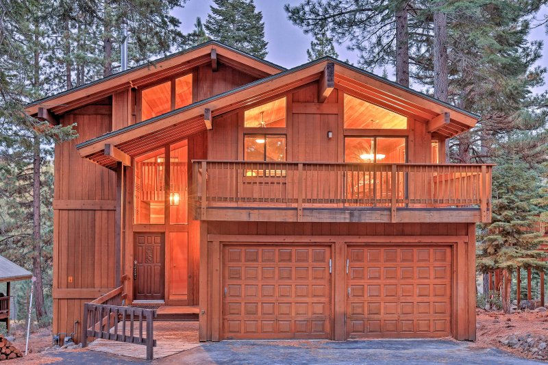 You'll have incredible pine forest views from both the front and backyard deck!