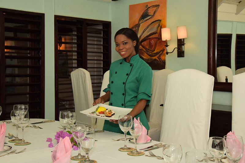 Chef Sherry Ann is a pleaser.  From Continental to Jamaican, hearty to vegetarian and vegan, sophisticated fare to chicken fingers for kids ... she can prepare meals for children and adults at the separate hours that please all.