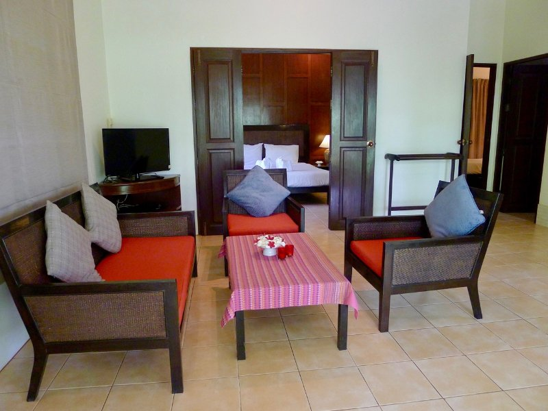 Symphony Villa | Two Bedroom Suite, holiday rental in Nai Harn
