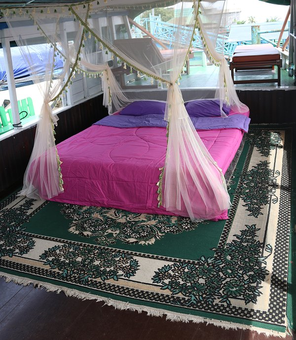 Bed will set up depends total of participants. We will not provide bed if you stay at Rimba EcoLodge