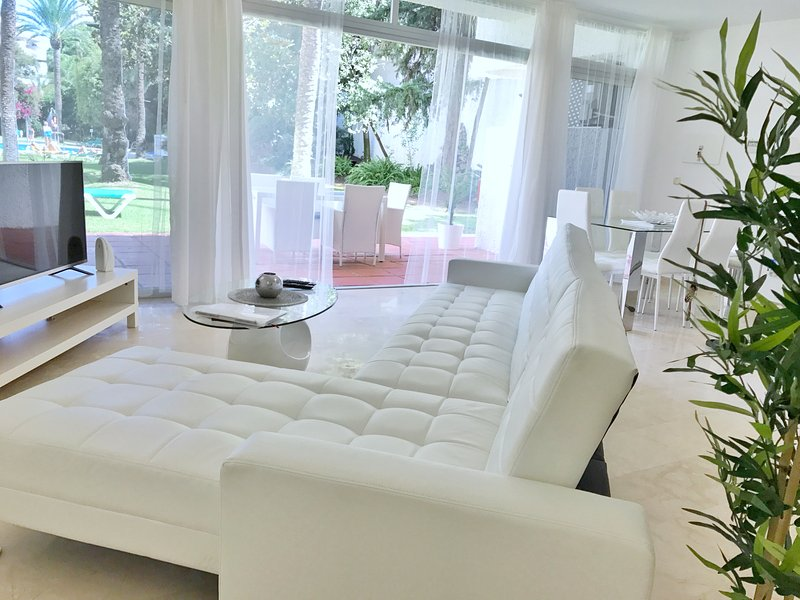 Interior Designed Vivaldi Boutique Suite Marbella