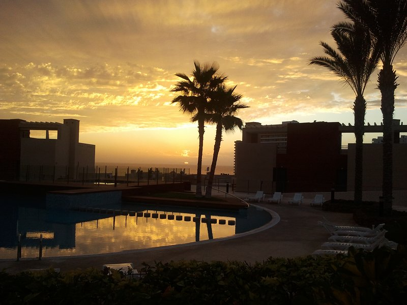 Cozy apartment in Playa Paraiso, holiday rental in Armenime