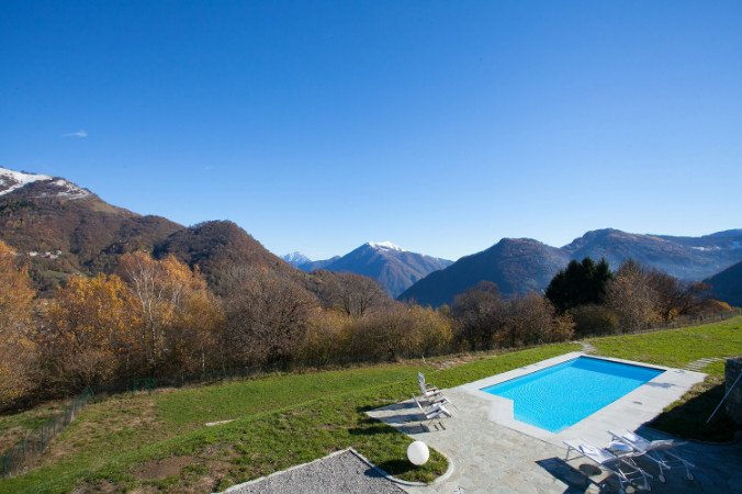 Veglio Villa Sleeps 16 with Pool and WiFi - 5841406, vacation rental in Dizzasco