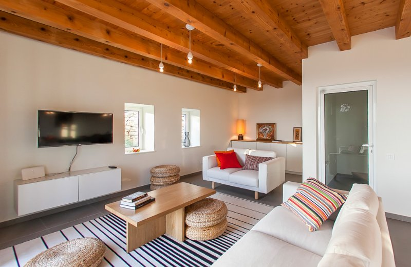 Vojnovo Selo Villa Sleeps 10 with Pool and Air Con - 5390548, location de vacances à Sipanska Luka