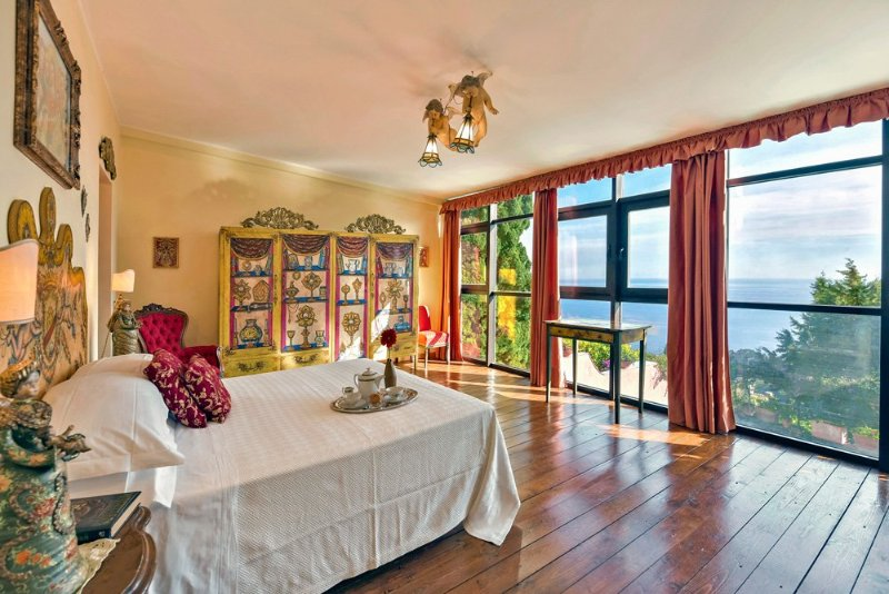 Taormina Villa Sleeps 10 with Pool and Air Con - 5364852, holiday rental in Spisone