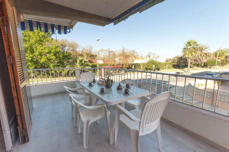 COTTON - Apartment for 5 people in Playa De Oliva, holiday rental in Oliva