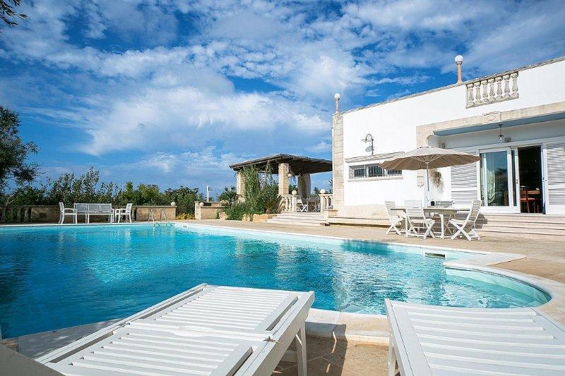 Villa Marlena, holiday rental in Torre Suda