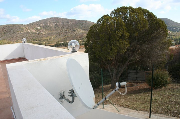 satellite system with decoder