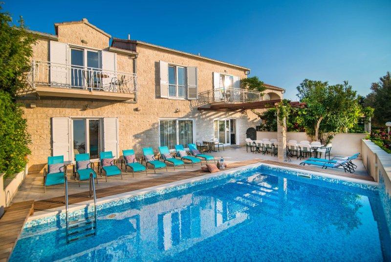 Villa Franjo, vacation rental in Supetar