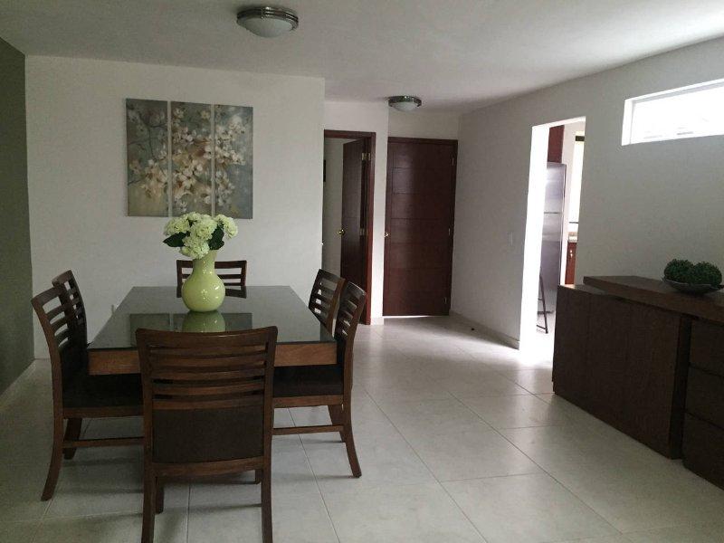 Abastos and Expo Guadalajara House, vacation rental in Guadalajara