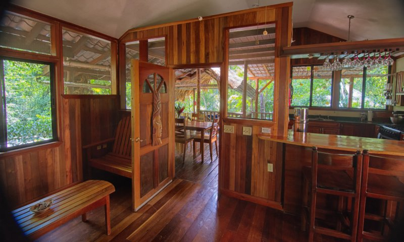 Enjoy a magical adventure in the rainforest.  Guests can rent per bedroom, or rent the entire home