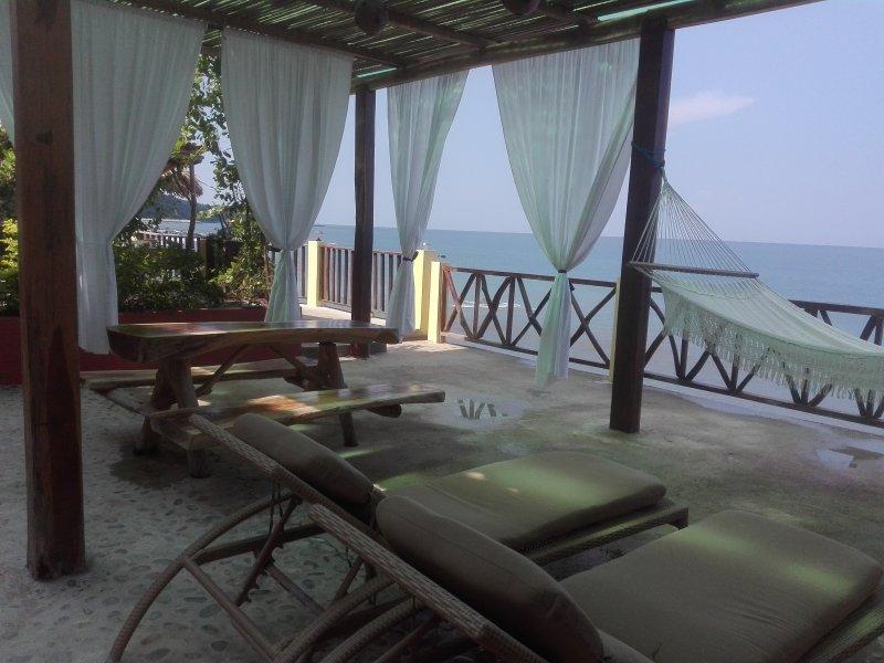 Treasure by the Sea BnB, alquiler de vacaciones en Cabo Corrientes