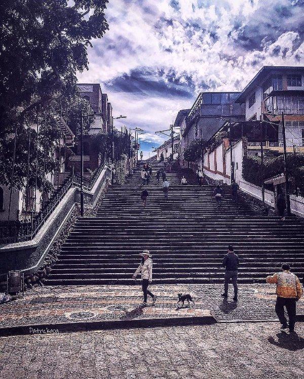 La Escalinata (100m)