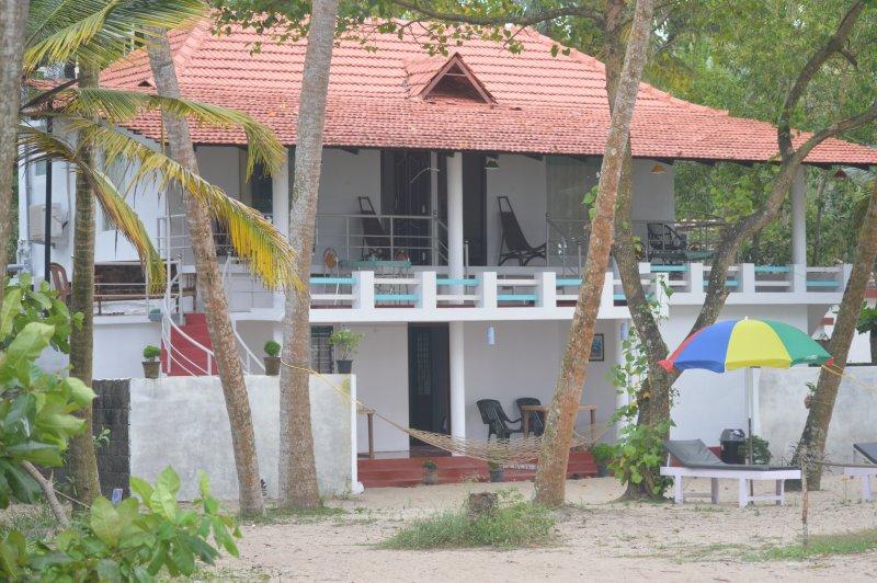 Marari Praise Beach front Homestay, alquiler vacacional en Alappuzha District