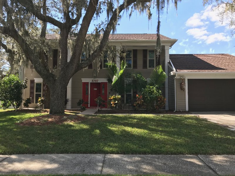 Tampa Bay- Large heated Pool home, vacation rental in Riverview