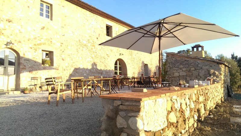 Ulignano Villa Sleeps 22 with Pool Air Con and WiFi - 5242063, holiday rental in Volterra