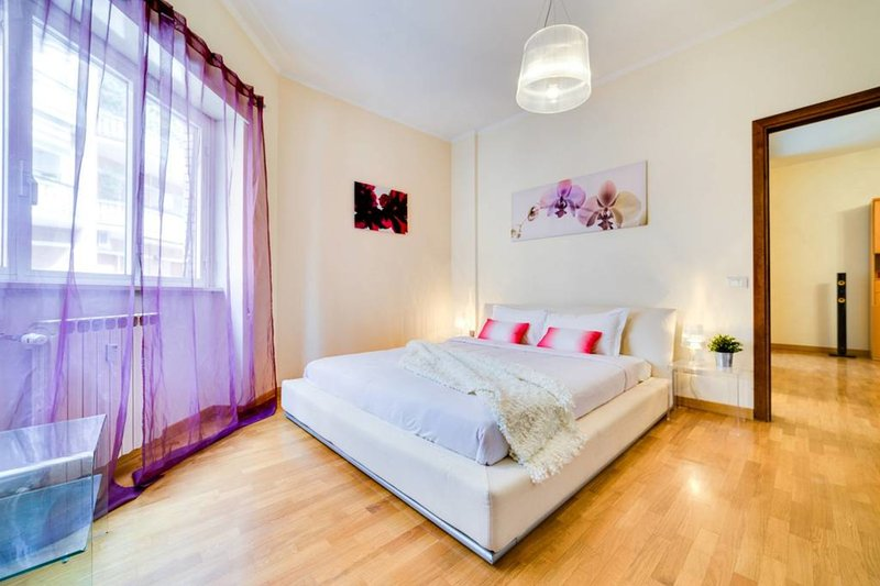 Modern & Friendly: your lovely 5 guests apartment Chalet in Rome