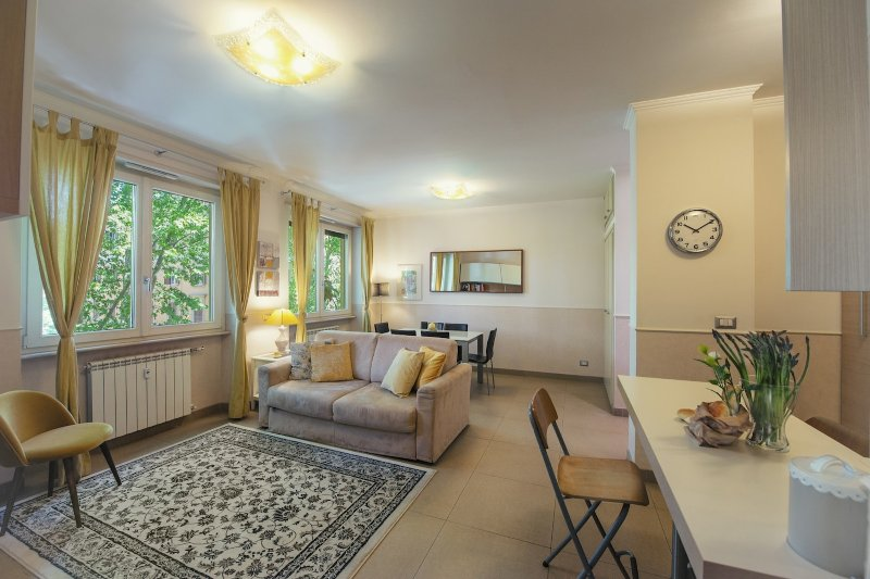 Lovely & comfortable flat in the heart of Testaccio Chalet in Rome