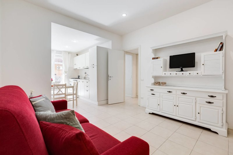 Lovely flat 15 minutes from city center, new look! Chalet in Rome