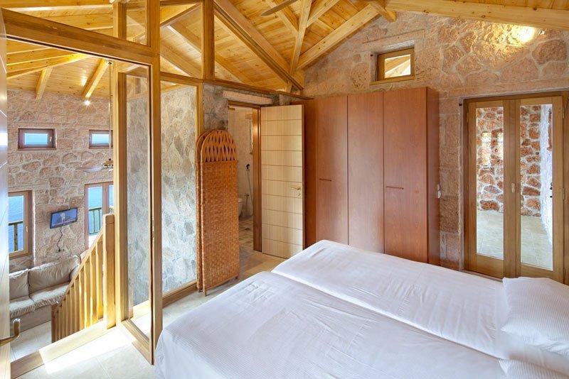 Agios Nikitas Villa Sleeps 4 with Pool - 5229683, vacation rental in Exanthia
