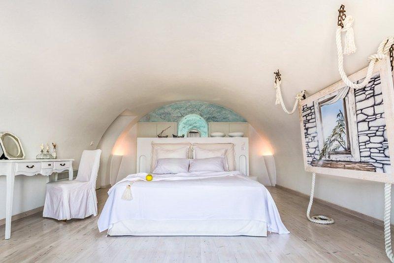 Akrotiri Villa Sleeps 10 with Pool and Air Con - 5218088, location de vacances à Akrotiri