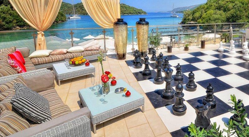 Syvota Villa Sleeps 7 with Pool and Air Con - 5218075, casa vacanza a Thesprotia Region