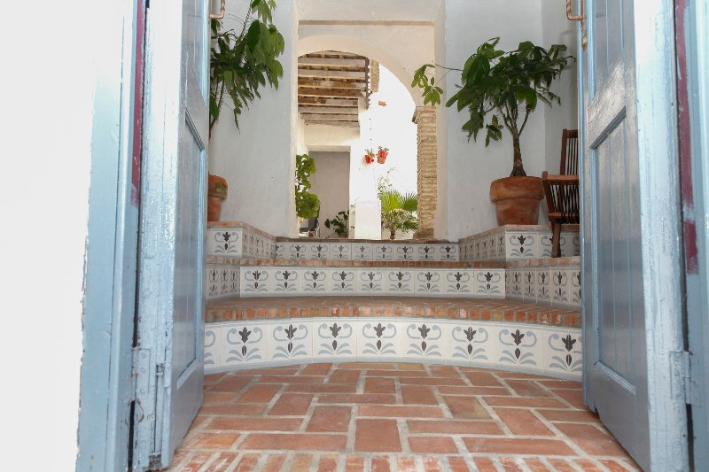 Casas Vejer, Casa Flamenco, lovely relaxing getaway in historical centre – semesterbostad i Vejer de la Frontera