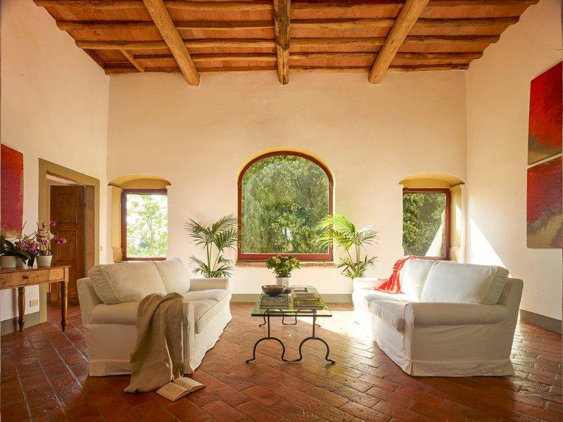 Tavarnelle Val di Pesa Villa Sleeps 13 with Pool and Air Con - 5217624, alquiler vacacional en Marcialla