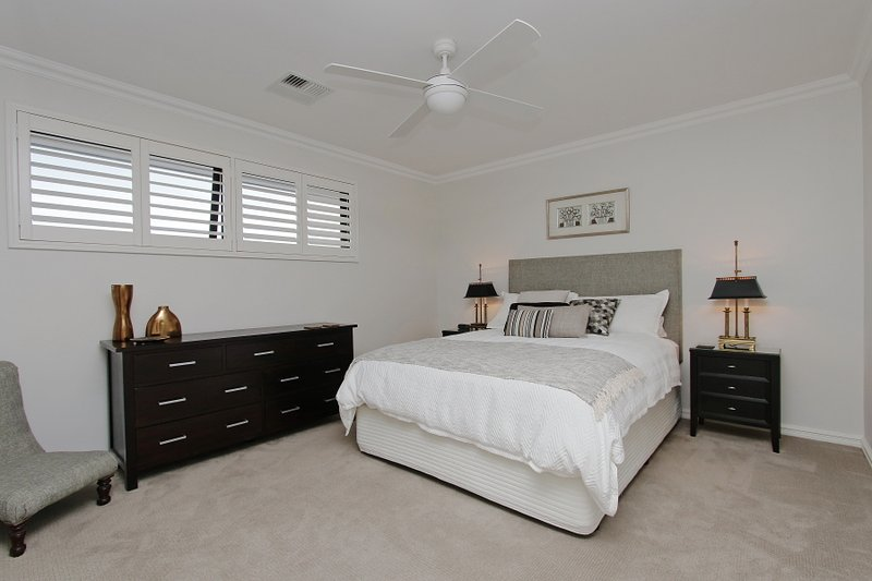 Sapphire Blue Apartment - Magnificent River View, holiday rental in Winthrop