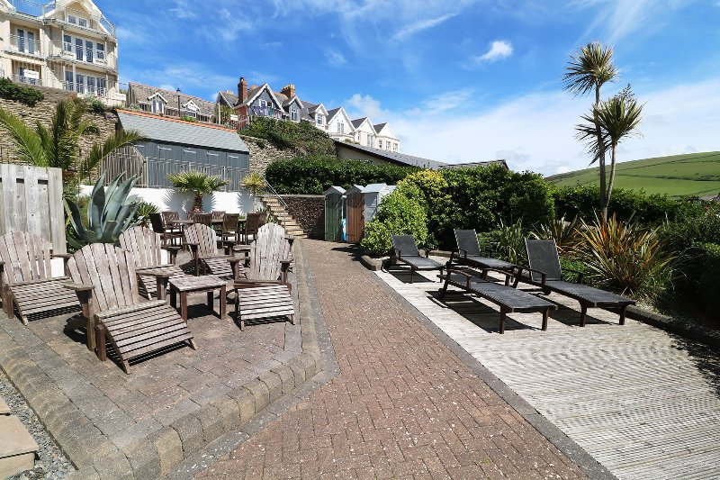 Hartland House Apartments Woolacombe Holiday Cottage Outside Seating